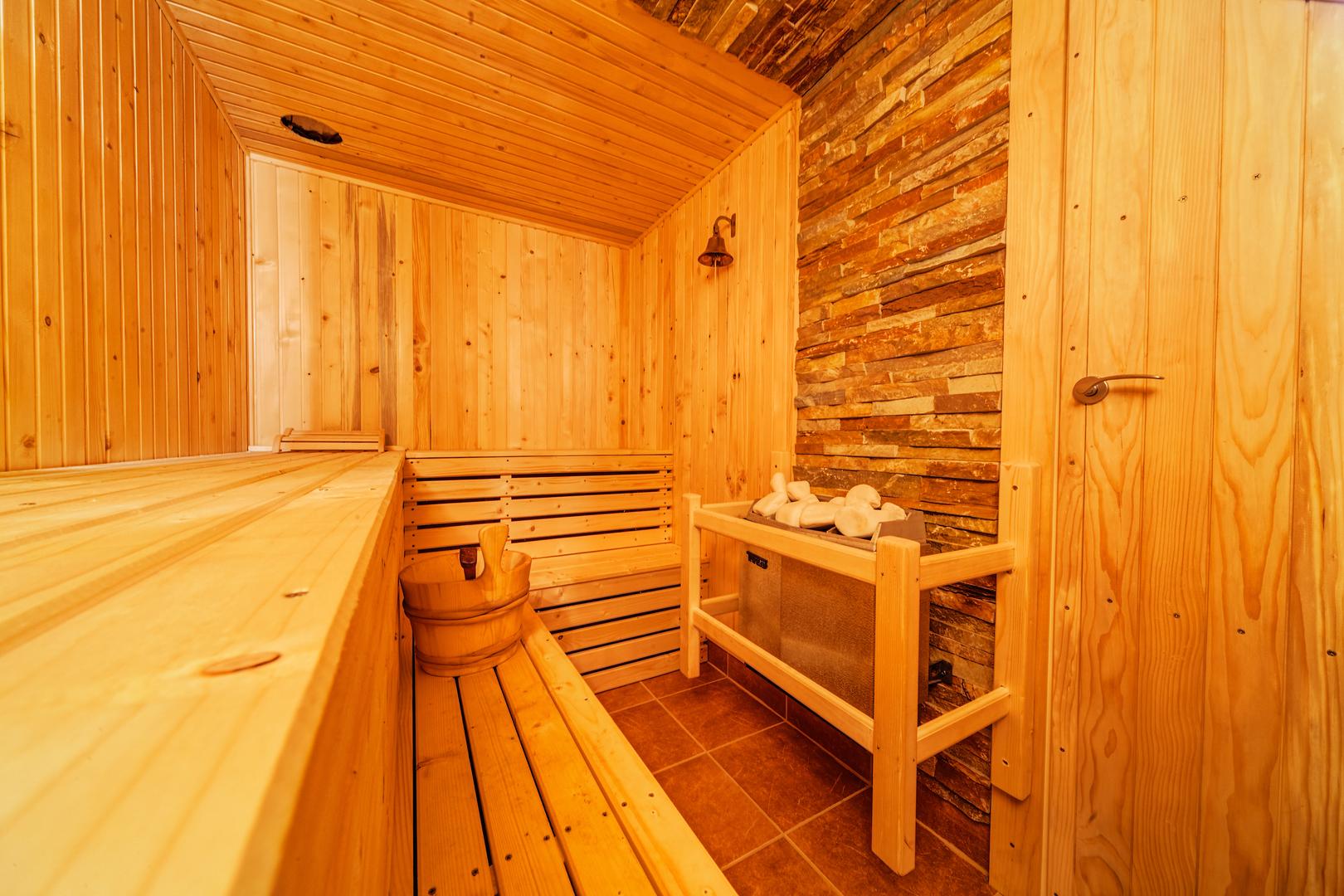 Arredobagno e termoarredo della sala - Sauna le relax dijon ...